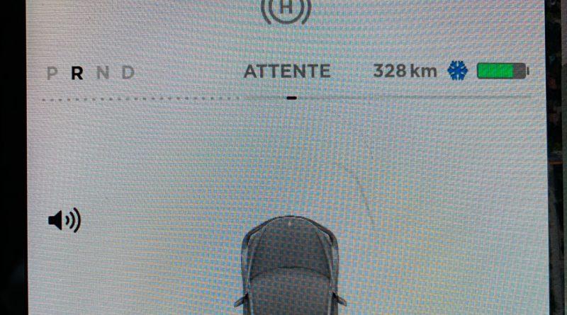 La mise à jour Model 3. On a téléchargé une nouvelle voiture!