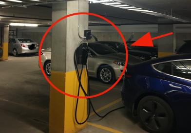 Borne de recharge pour Tesla Model 3 dans un immeuble à condos : ce que vous devez savoir